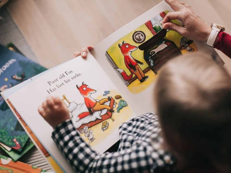 How to Create an Inspiring and Fun Kids' Home Library