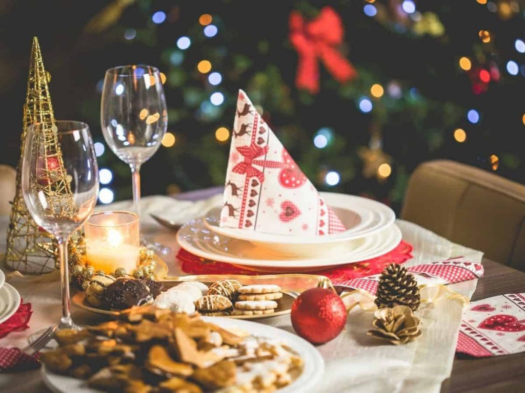 Christmas Activities for Families - Dinner Mix Up